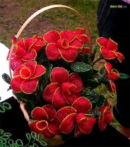 Как плести цветы из бисера