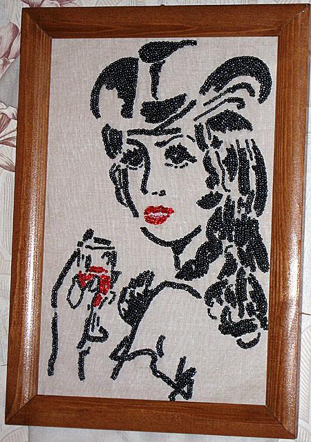 Прежде чем начинать вышивать картину, на...  Роза Фаритовна увлекается бисероплетением,вышивкой бисером и лентой...